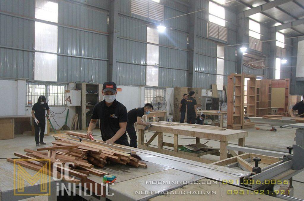 Nhân viên làm việc tại nhà máy Mộc Minh Đức