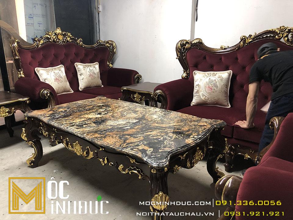 Gia công bộ bàn ghế sofa dát vàng sang trọng