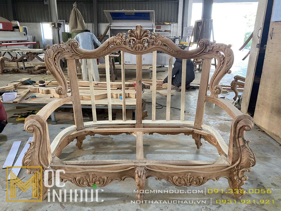 Sản xuất phôi ghế sofa tân cổ điển
