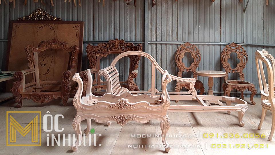 Sản xuất phôi bàn ghế gỗ tự nhiên tân cổ điển