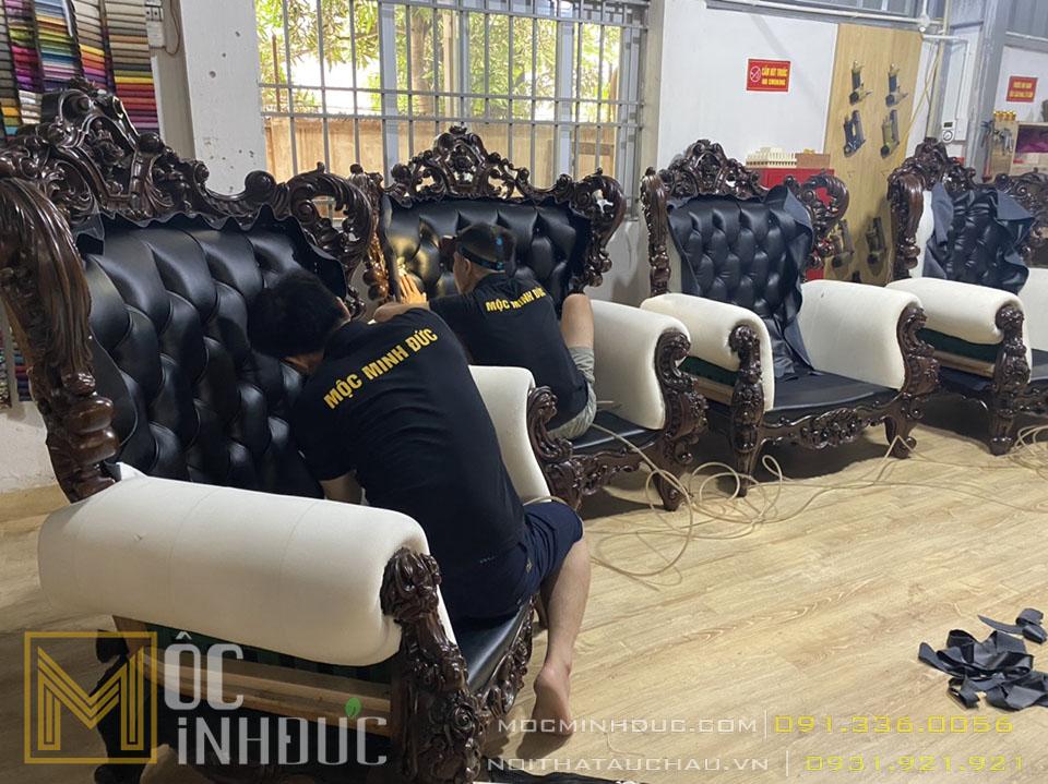 Hình ảnh sản xuất ghế Sofa gõ đỏ