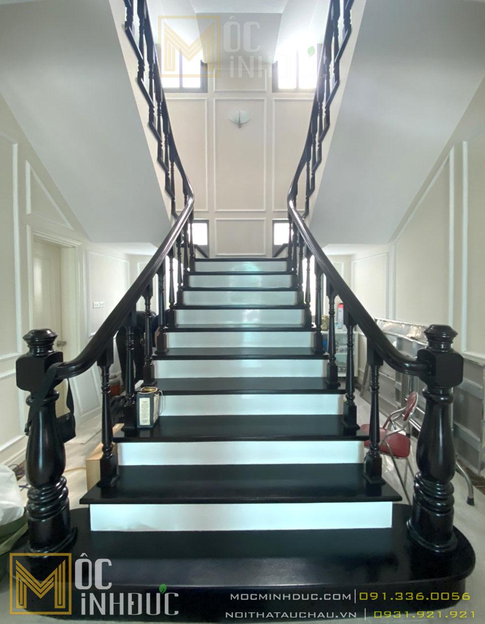 Thi công thiết kế nội thất cầu thang nhà biệt thự