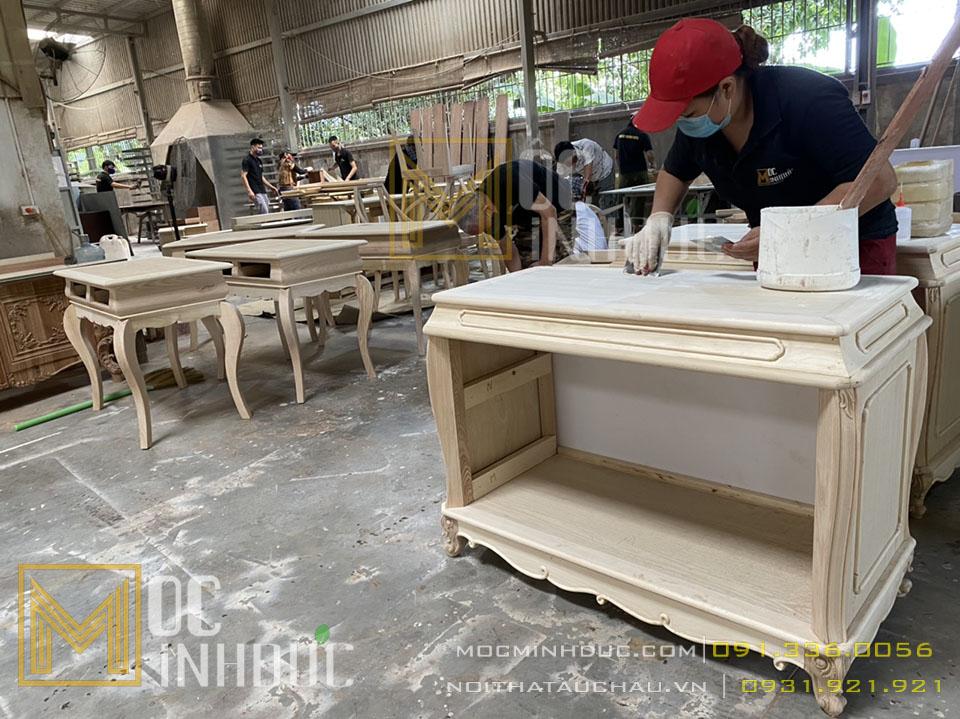 Thợ sản xuất đồ gỗ nội thất tân cổ điển