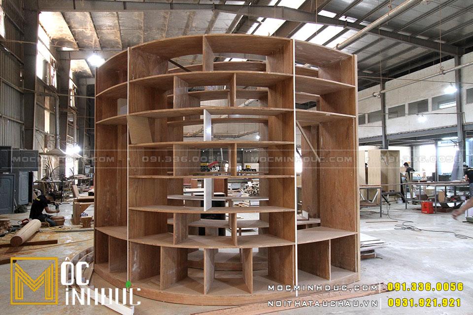 Sản xuất tủ gỗ tự nhiên