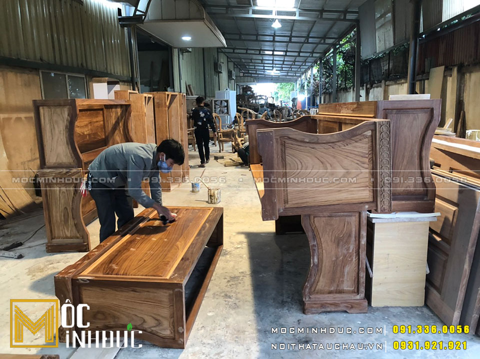 Thi công tủ gỗ tự nhiên