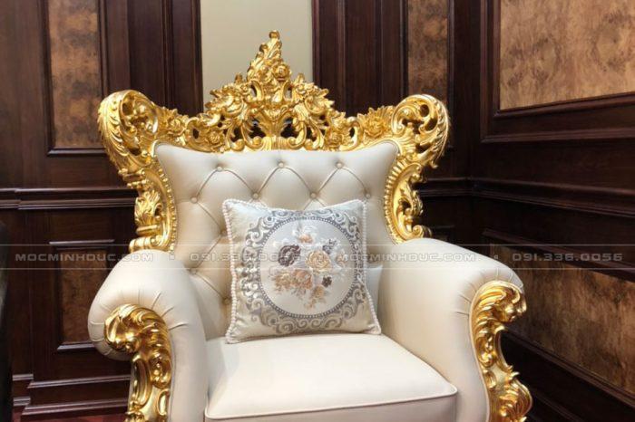Ghế Sofa phòng khách dát vàng