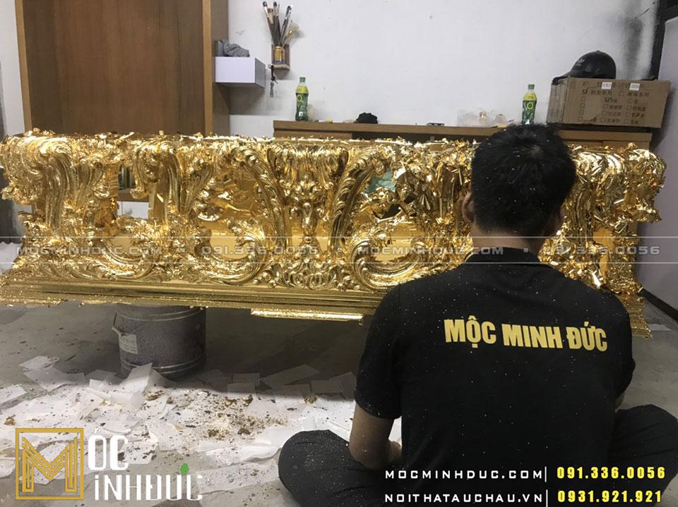Gia công ghế sofa dát vàng
