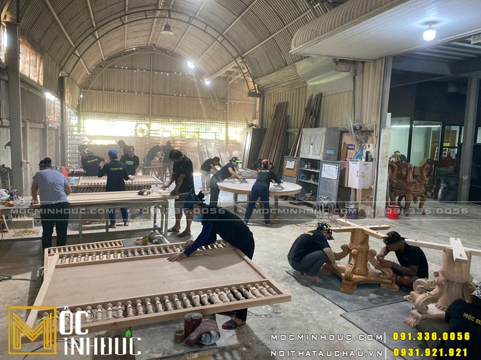 Thợ thi công sản xuất đồ gỗ nội thất